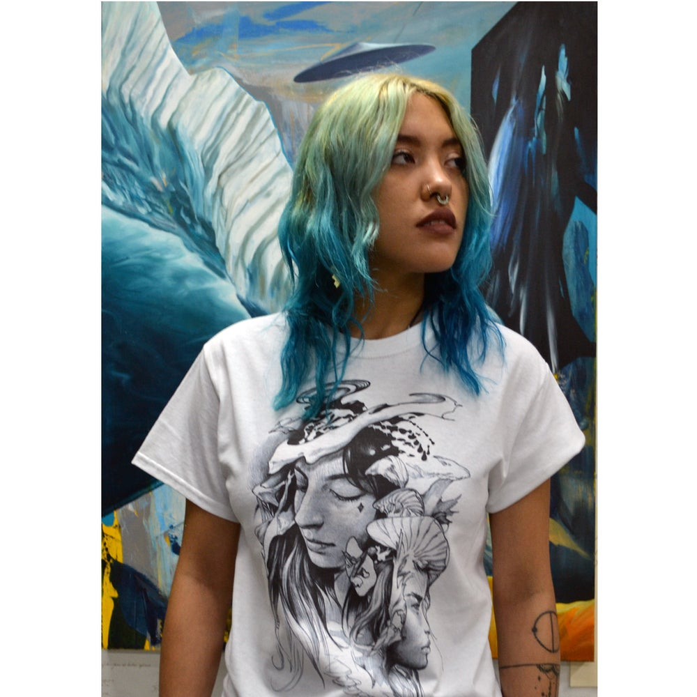 Image of Luna shirt