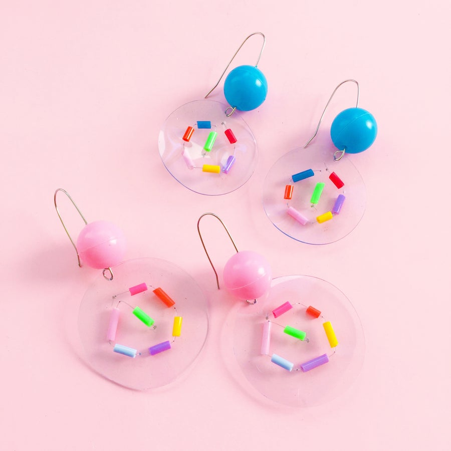 Image of Rainbow bubble confetti earrings