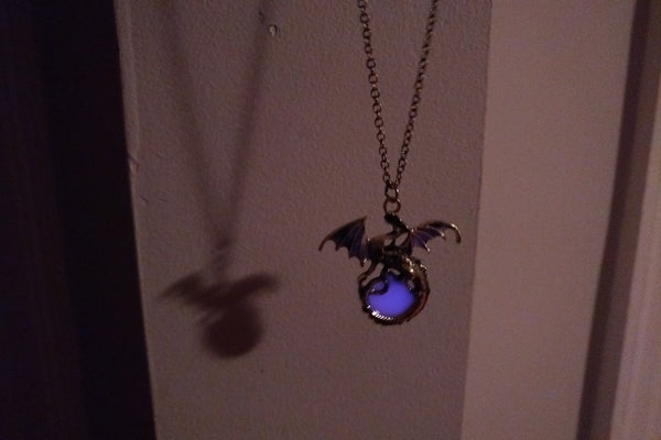 Image of Pendant Dragon Necklace - Glow in the dark