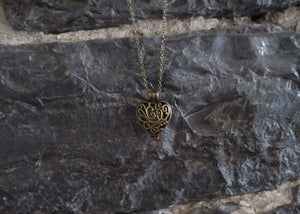 Image of Pendant Heart Necklace - Glow in the dark