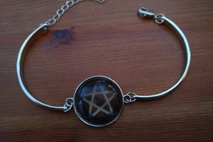 Image of Bangle Pentagram - Glow in the Dark