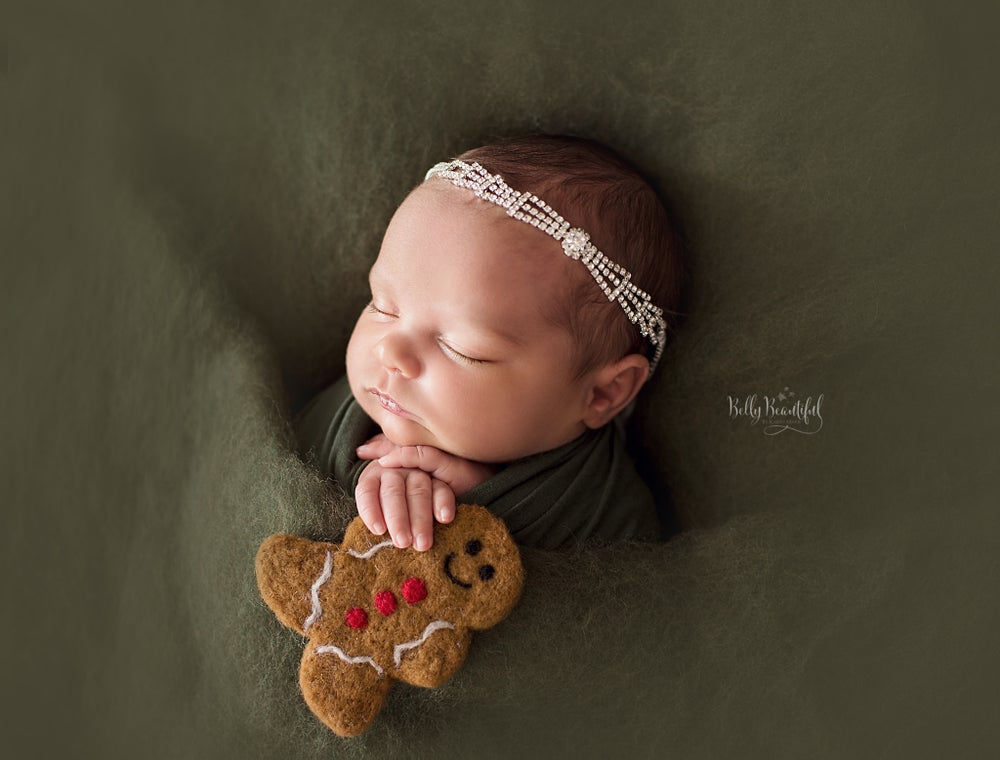 Image of Newborn Marilyn Tieback
