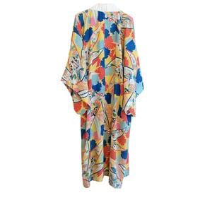 Image of Silke kimono  med Multi-farvede felter og blomster