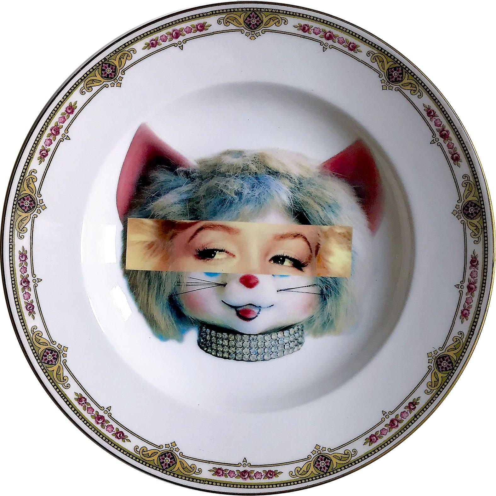 Eyeconic - Marilyn Kitsch Face - Vintage Porcelain Plate - #0579  sc 1 st  artefactomadrid.com & ANTIQUE PLATES   Artefacto