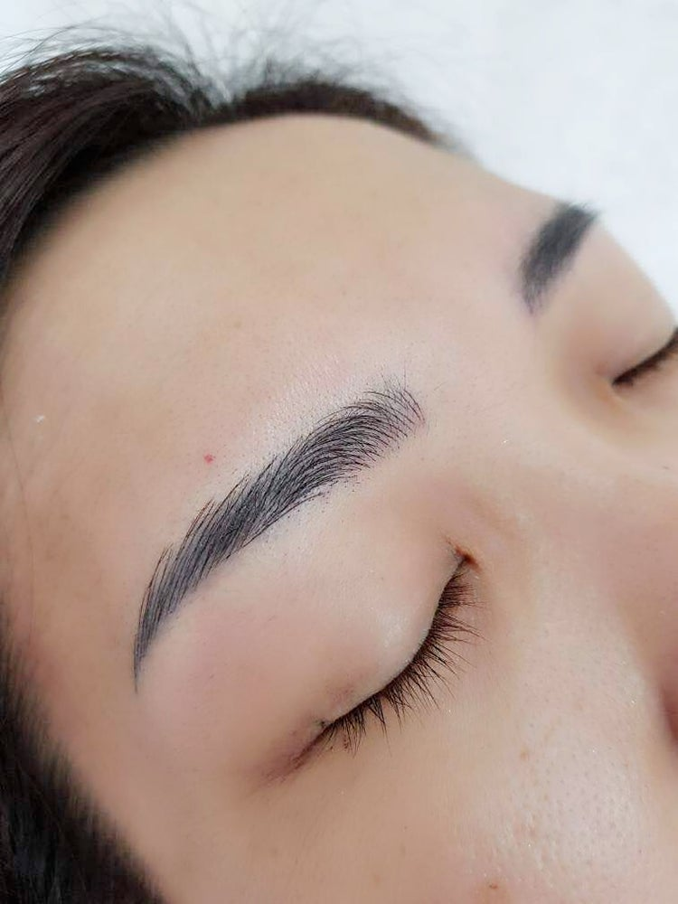 Image of Microblading ( 1 free touch up 4-6 weeks)