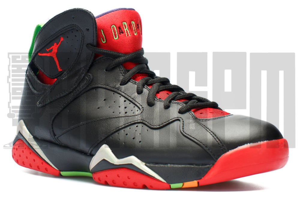 "Image of Nike AIR JORDAN 7 RETRO ""MARVIN THE MARTIAN"""