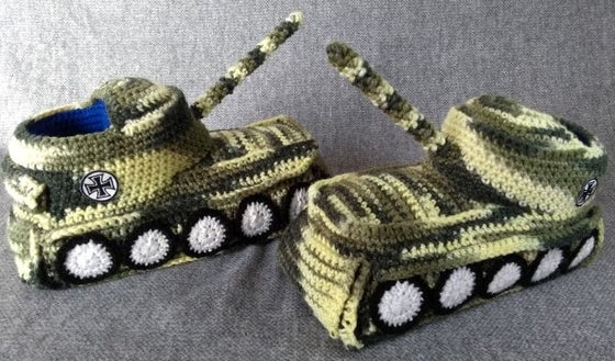 "Image of Panzer Hausschuhe / Tank Shoes ""Camouflage"""