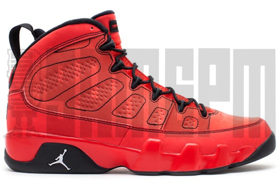 "Image of Nike AIR JORDAN 9 RETRO ""MOTORBOAT JONES"""