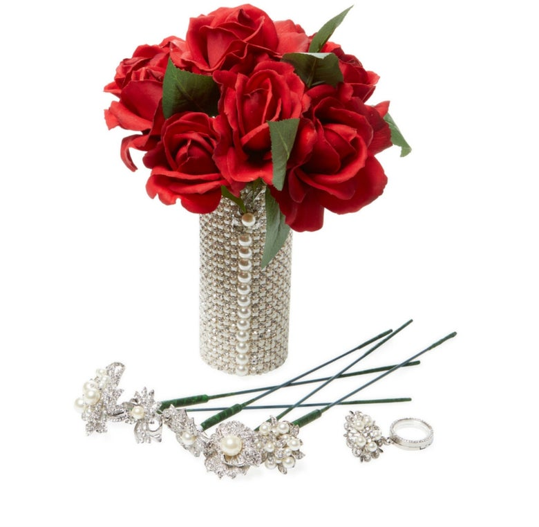 "Image of ""Essa"" Bouquet Holder Kit"