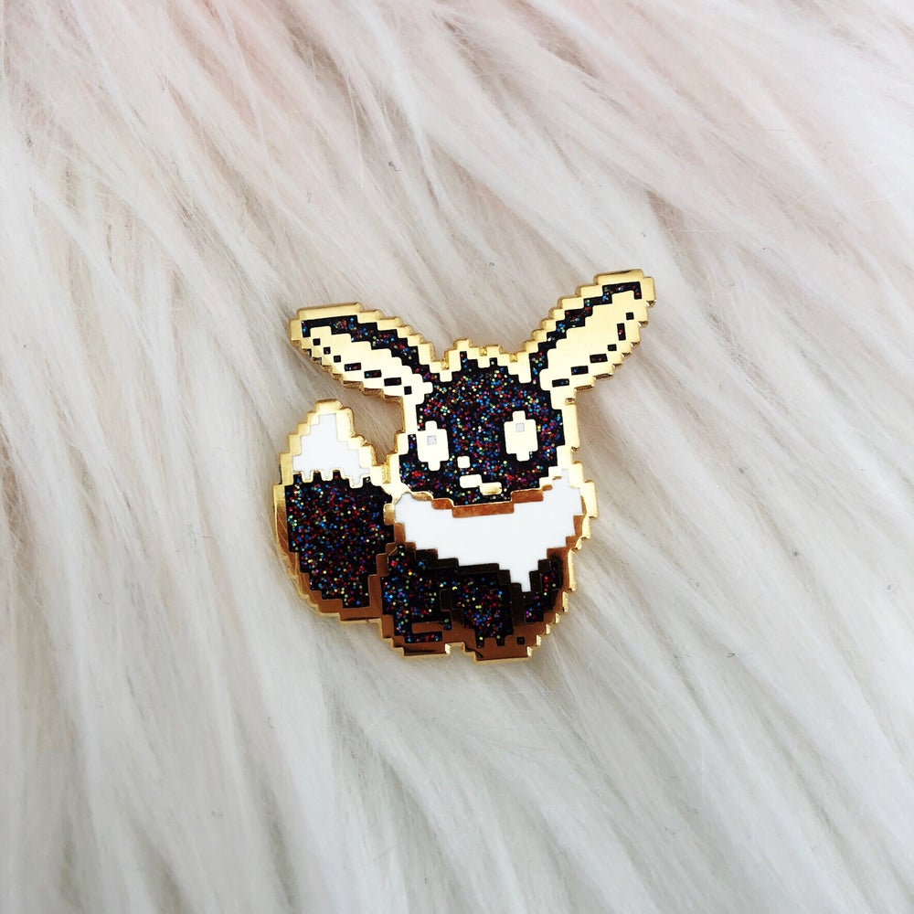 Image of LE100 Galaxy Fennec Fox Enamel Badge