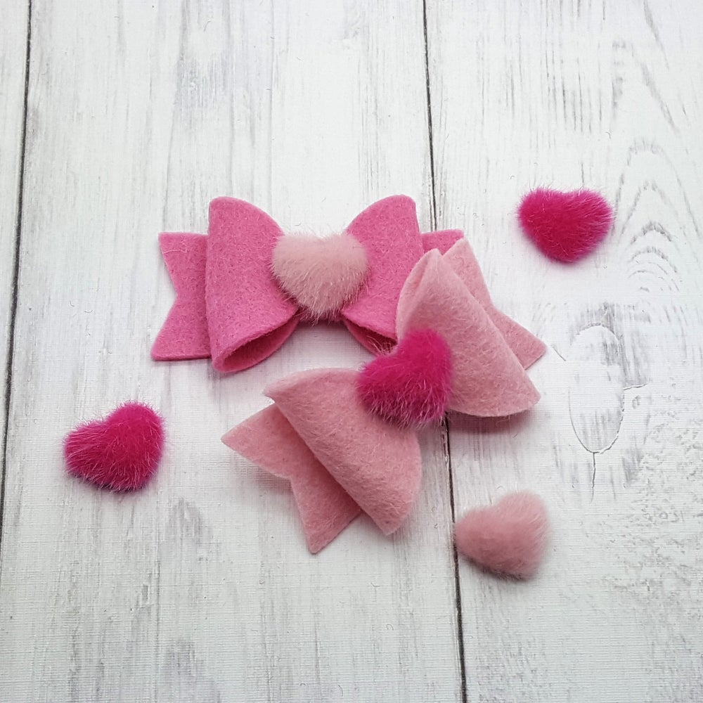 Image of Oh So Sweet Fluffy Heart Bow (Set of 2)