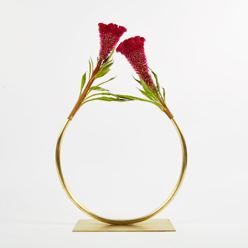 Image of Vase 494 - Towards a Circle Vase