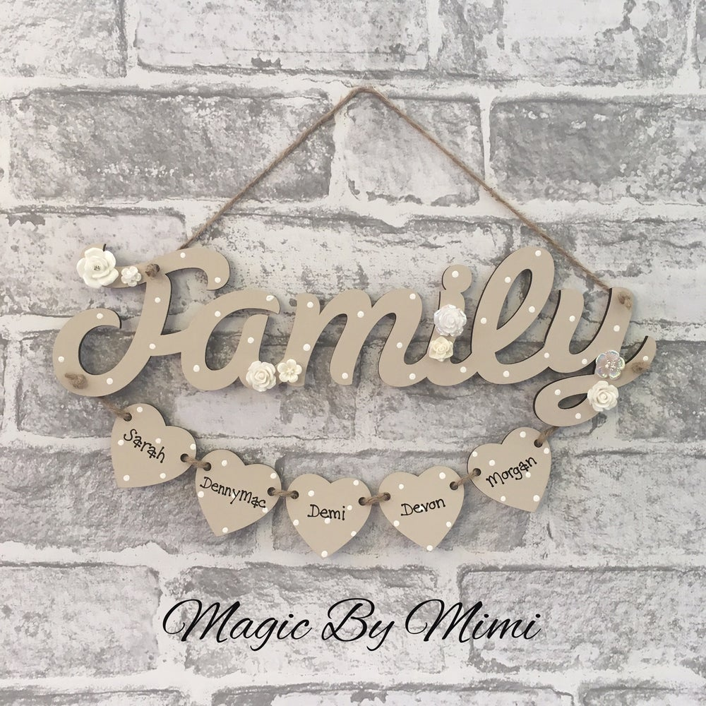 Image of Family sign with hearts