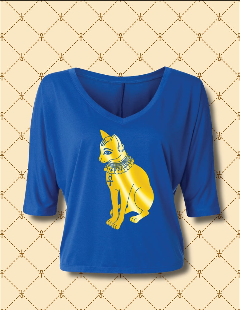Image of WOMEN'S GOLD FOIL BASTET FLOWY V-NECK CROPPED TOP