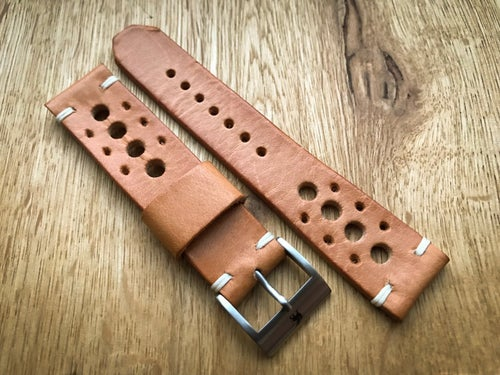 Image of Tan Racing strap