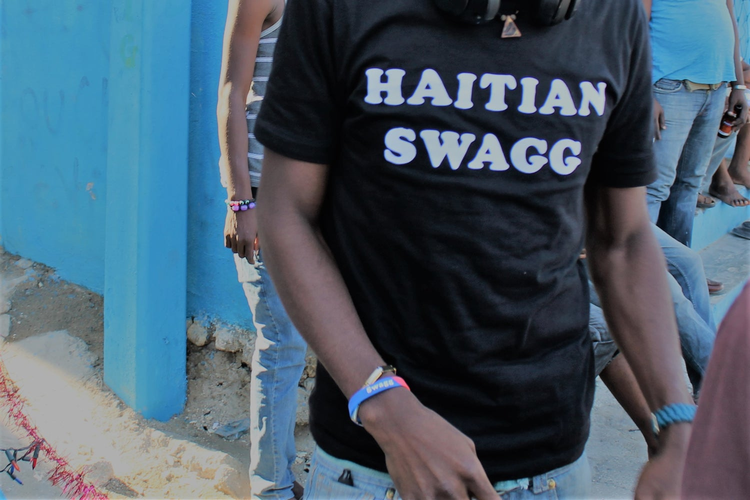 Image of Haitian Swagg white & Black