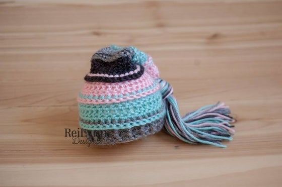 Image of Pink, Aqua, Gray and Charcoal Tassel Hat