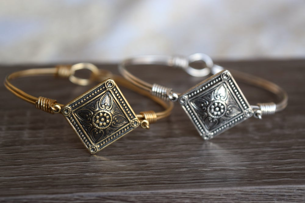Image of The Diamant Clasp Bangle