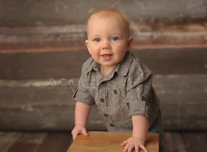 Image of Simply Baby Milestone Mini-Session - 20 minutes/2 high resolution digital images w/print release