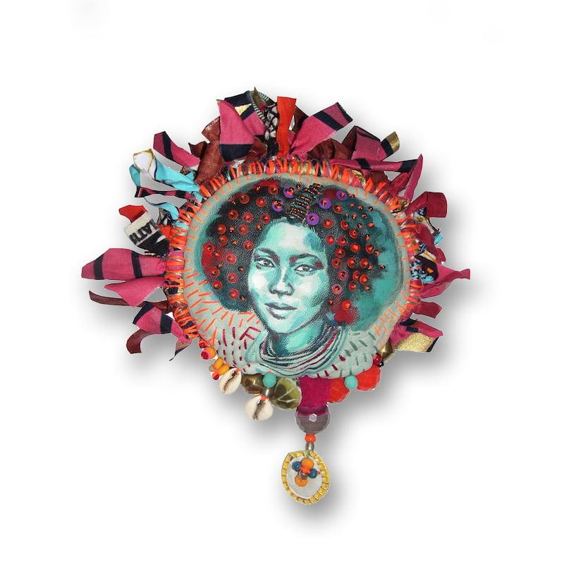 """Image of Original Painting - """"Amulette Ethiopie"""" - 12 cm"""