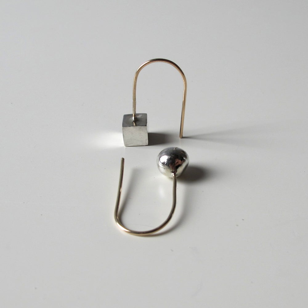 Image of Silver Ball/Cube