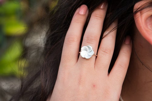 Image of Bague Hortensia PM - Collection Garden Party