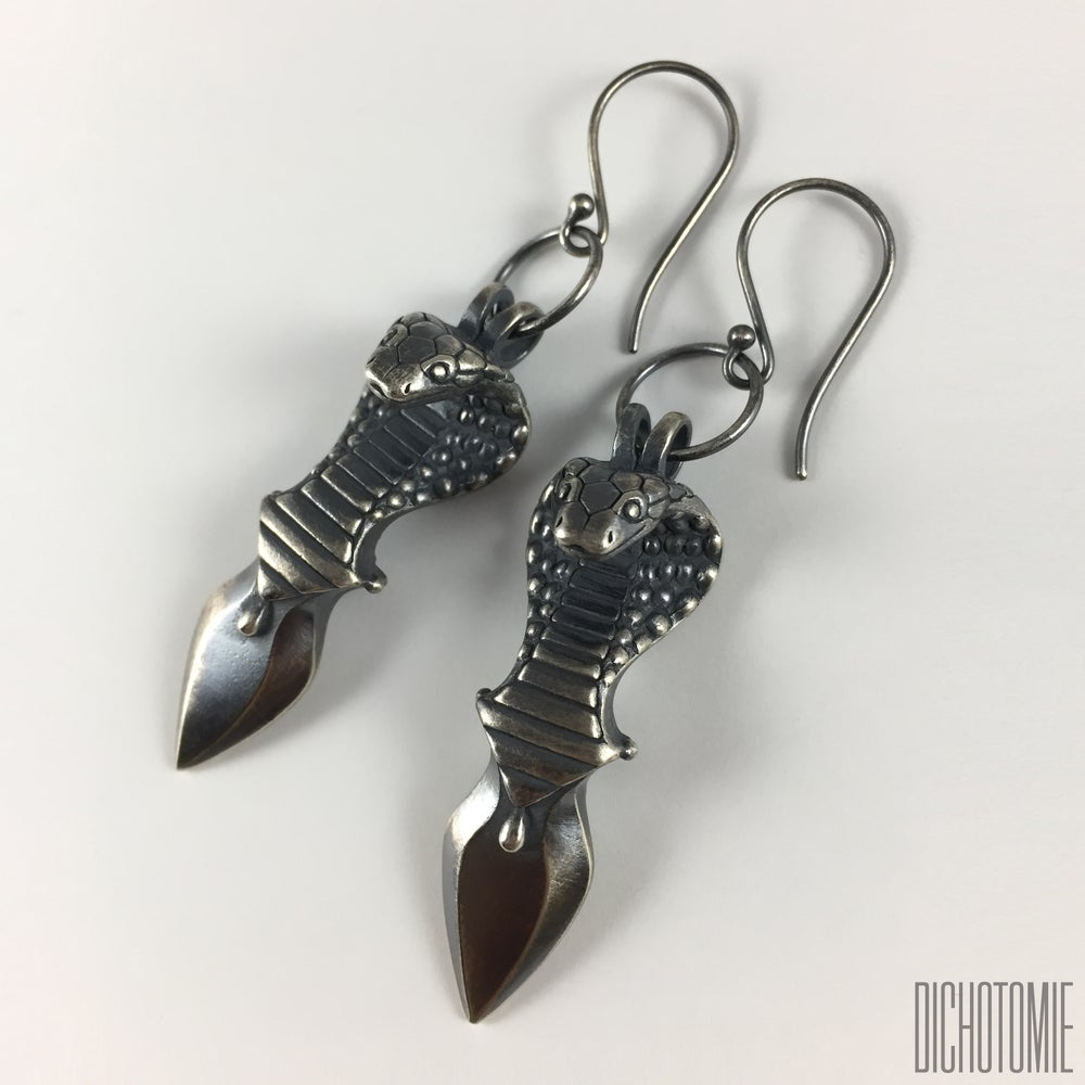 Image of Venenum Earrings