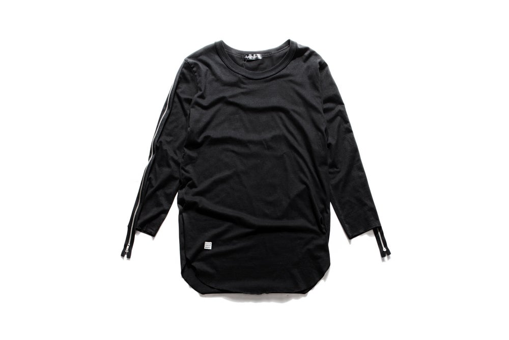 Image of BASERIES-206 LS TEE