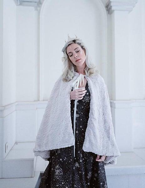 Image of Bridal Faux Fur Ivory Cape