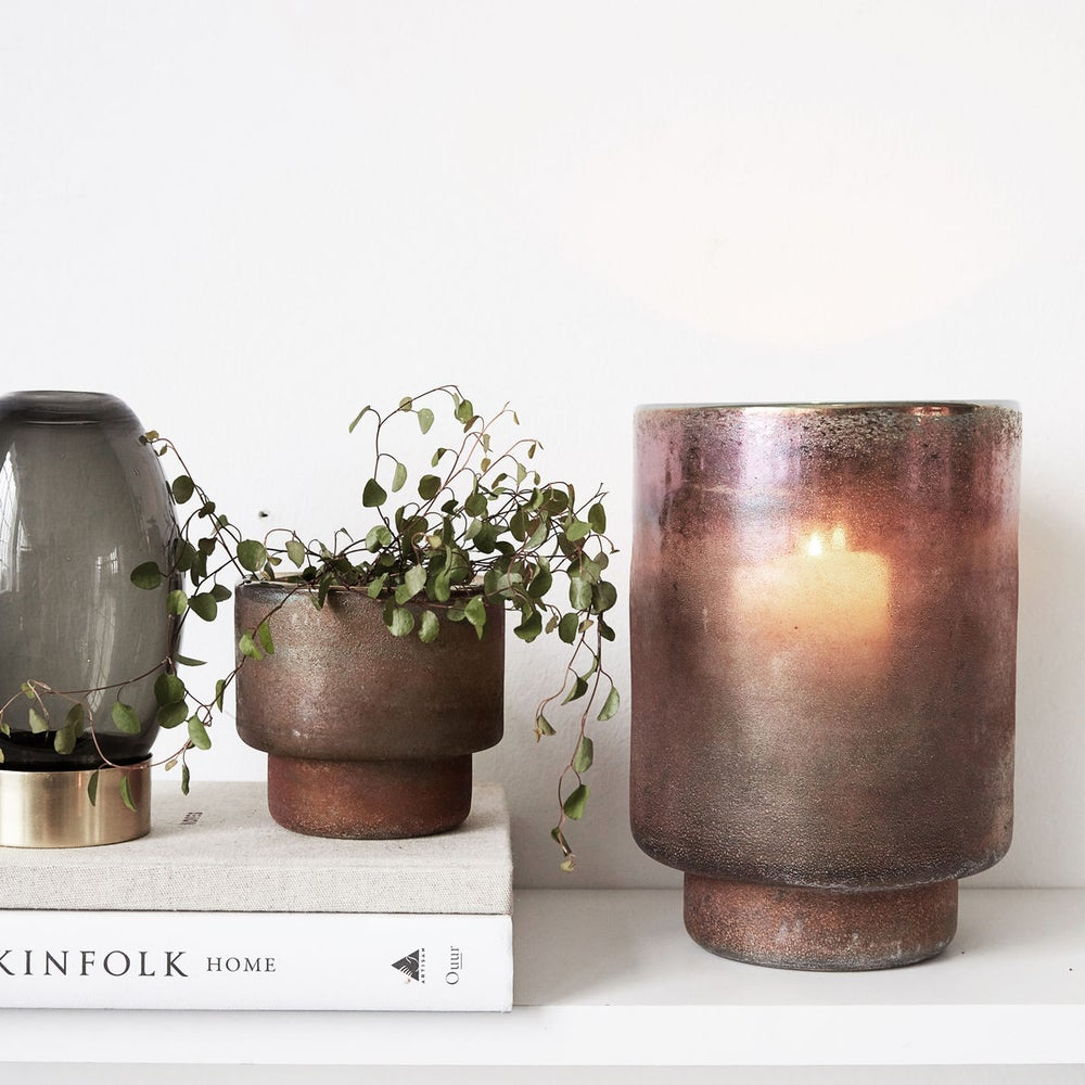 Image of Burnished / metallic pot vase