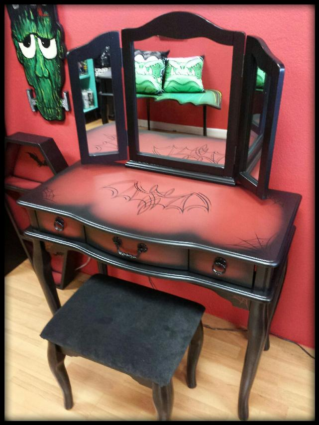 Image of 3 Mirror Bat Vanity