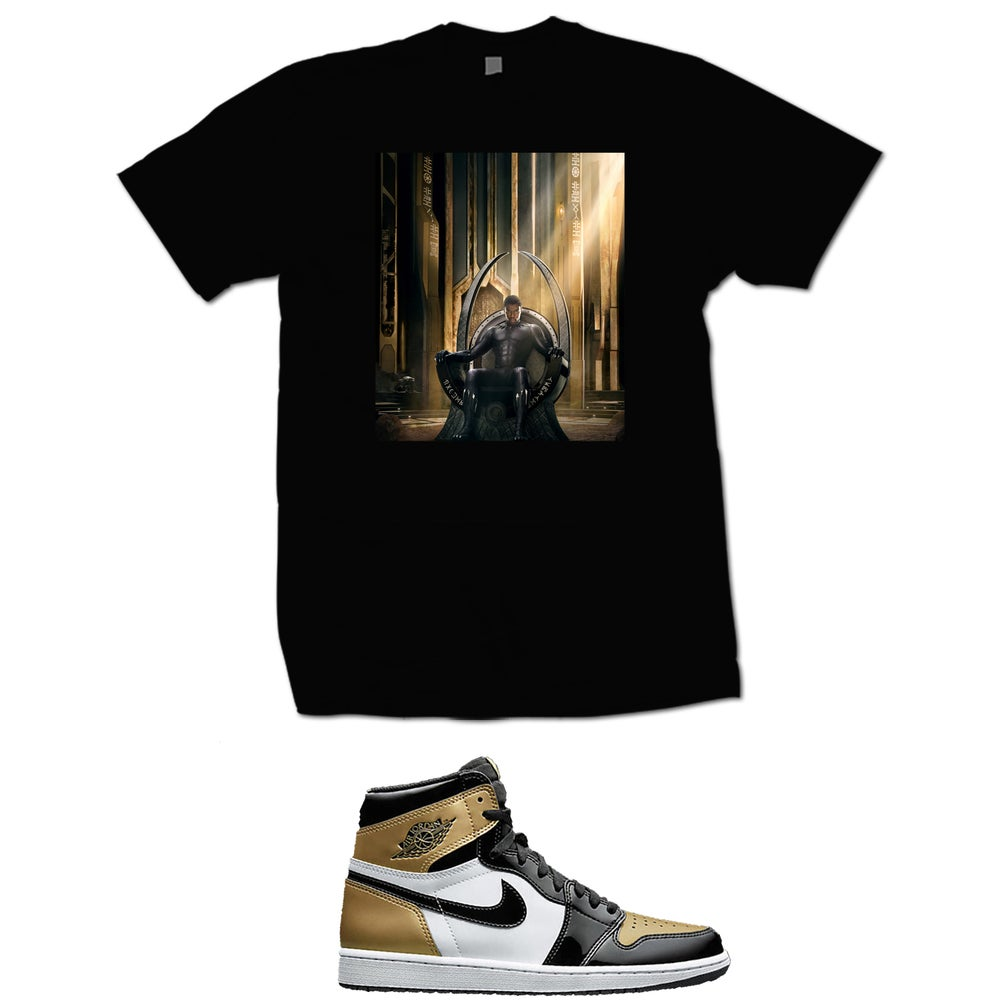 Image of BLACK PANTHER RETRO 1 GOLD TOE T SHIRT - BLACK