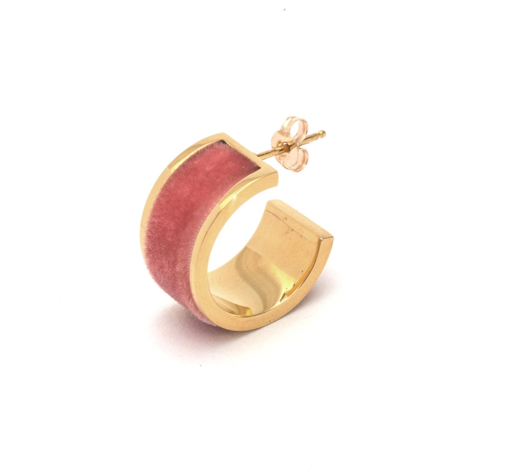 Image of Short Velour Hoop Earings - Gold & Peach