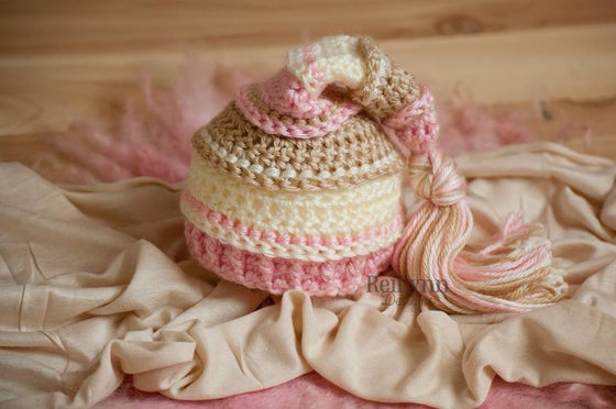 Image of Pink, Bone and Ivory Tassel Hat