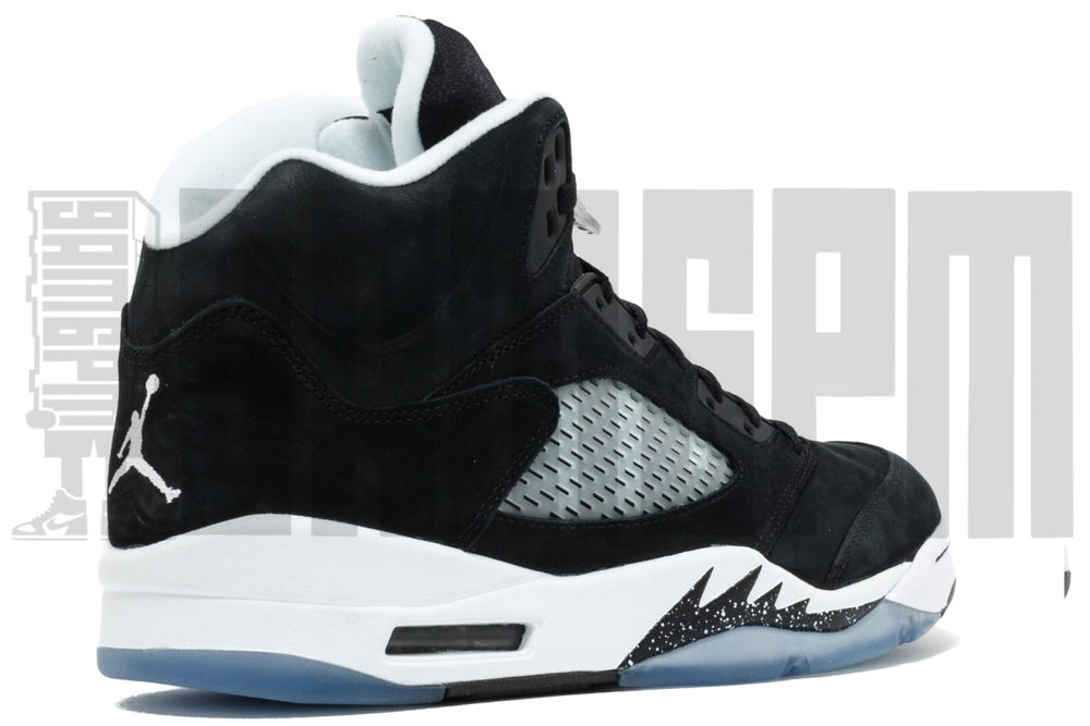 "Image of Nike AIR JORDAN 5 RETRO ""OREO"""