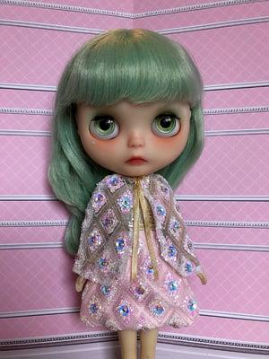 Image of Lounging Linda Luxe Fabergé Set Pink