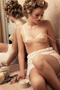Image of vanity.