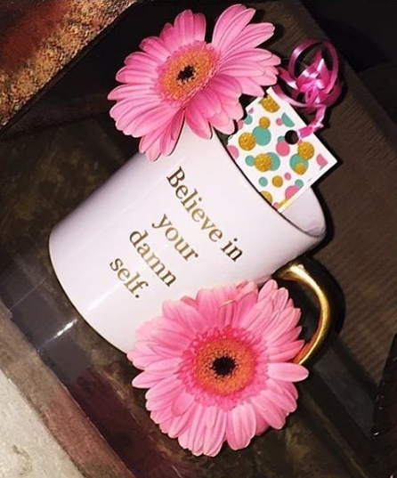 Image of GIRLGYLIO SIGNATURE MUG