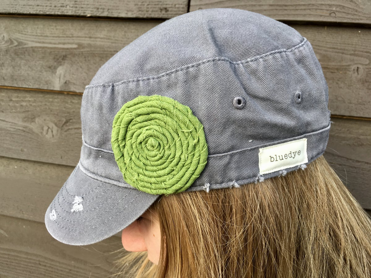 Image of Light Grey Hat/Green Flower