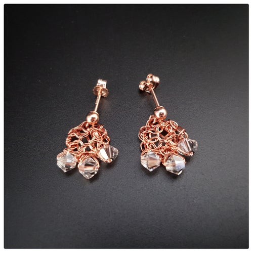 Image of ROSE-GOLD DEWDROP Earrings
