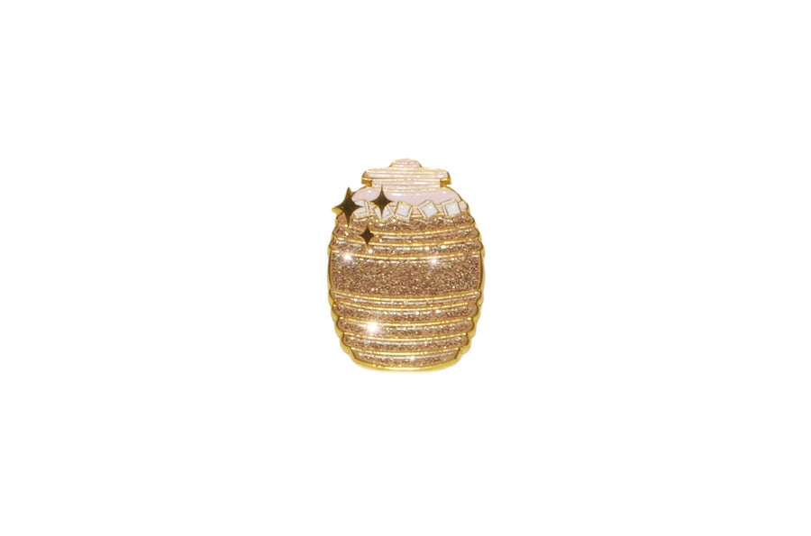 Image of Golden Agua Fresca Jug Pin