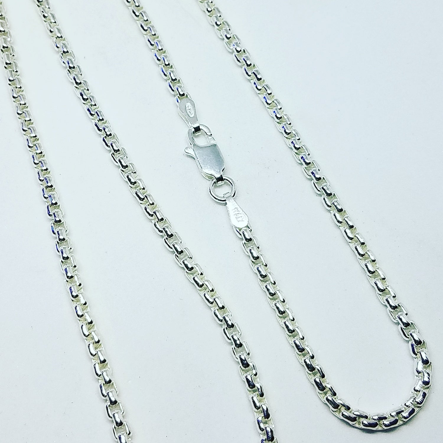 Image of 2.5mm Rounded box chain