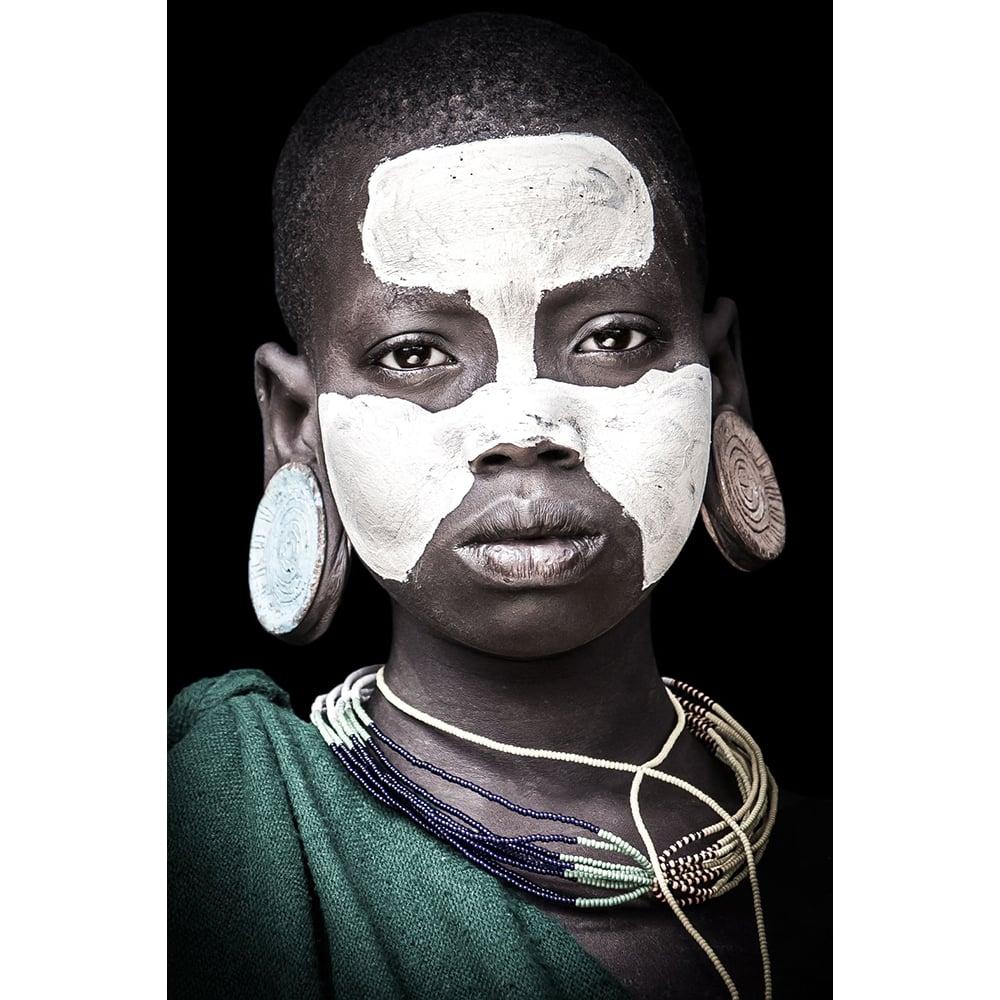 Image of PHOTOGRAPH - FREYA - YOUNG SURI GIRL