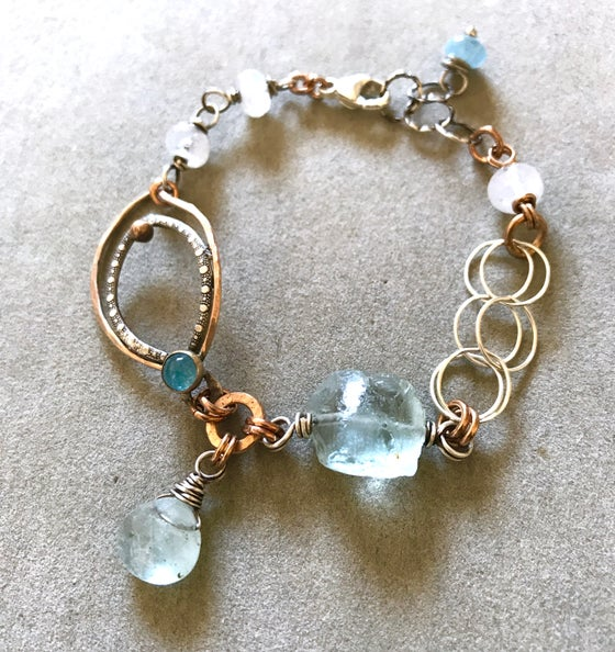 Image of Aquamarine and Moonstone organic bracelet