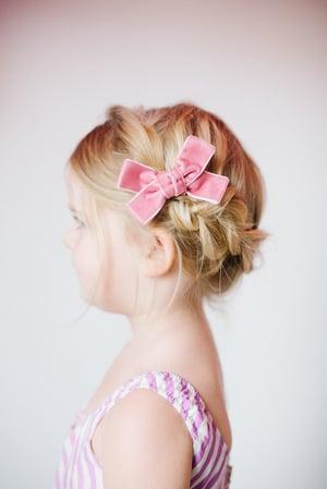 """Image of 3.5"""" Valentine's velvet bows"""