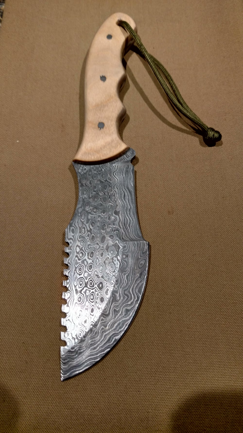 Image of Damascus Steel Chopper - Maple Handle - 550 Paracord
