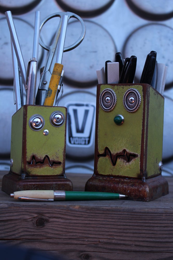 Image of Desk organizer/Small: Pencil Pusher Robot Joe