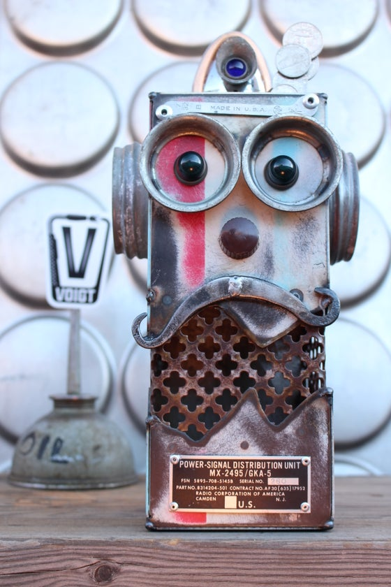Image of Large Deluxe Retro Robot Bank Mr.Americana