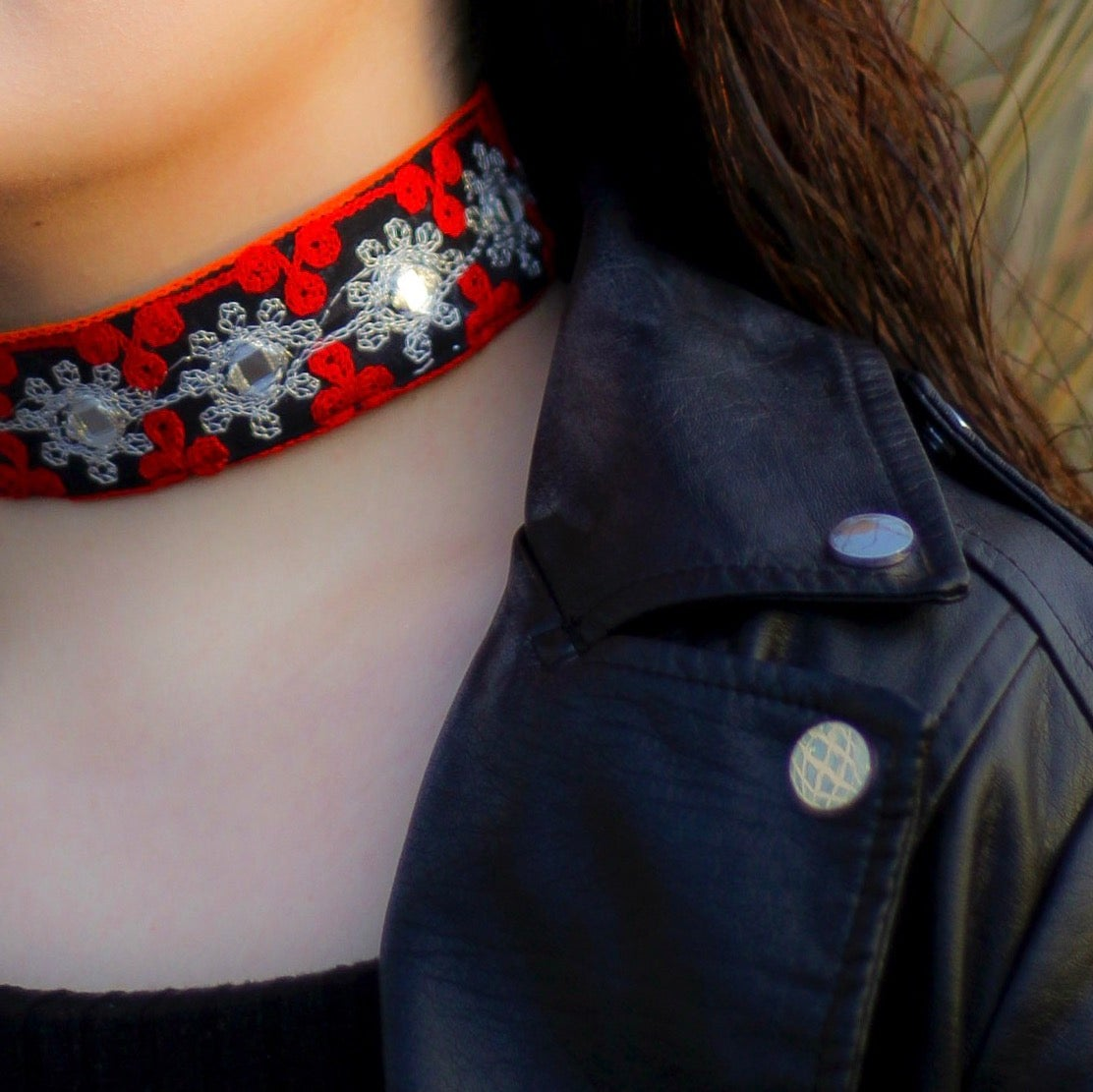 Image of Shareen (double sided choker)