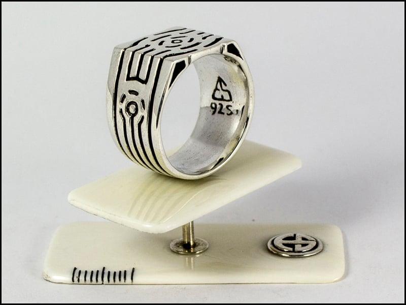 Image of Cigar Ring